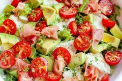 Салат из авокадо за 10 минут
