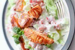 Салат с лососем гриль, рецепт.