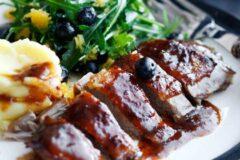 К застолью: жареная утка с хрустящей кожицей, рецепт.