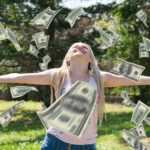 Между счастьем и деньгами