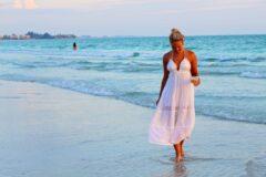Курортный роман для смелых и опытных женщин
