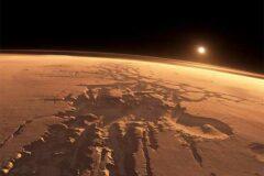 Вода на Марсе существует