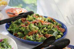 Самый лёгкий салат из брокколи и цветной капусты, и полезный кулинарный совет